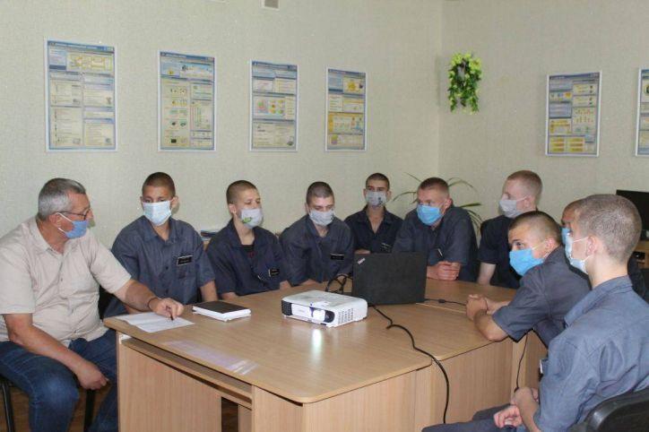 Про переваги біометричних документів говорили з вихованцями «Кременчуцької виховної колонії»